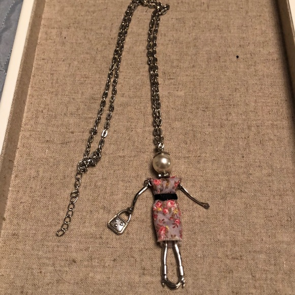 Jewelry - Doll pendant necklace